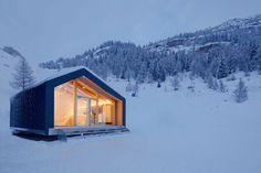 Courmayeur Ski & Snowboard School by LEAPfactory #minimalist #architecture
