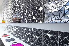 Interactive interior facade at Issey Miyake Shinjuku by Moment Design, Tokyo visual merchandising store design #store #tokio #issey miyake