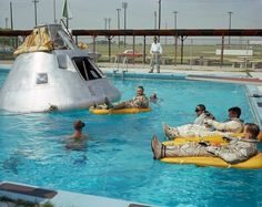 Google+ #univers #swimming pool