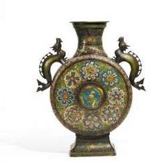 Moon vase with dragon and Phoenix