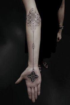 Impressive stippling tattoos by Kenji Alucky #ink #geometry #tattoo #hands #pointillism