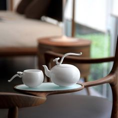 flying_high_and_free_by_heinrich_wang_2b.jpg (1000×1000) #white #drink #design #pot #product #delicate #tea #teapot #high