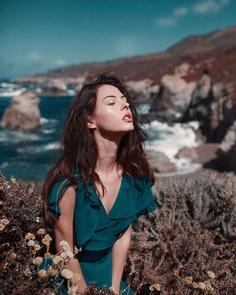 Gorgeous Natural Light Women Portrait Photography by Abel Lares
