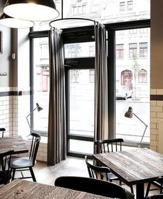 Momo Grill Restaurant by Ramunas Manikas - InteriorZine