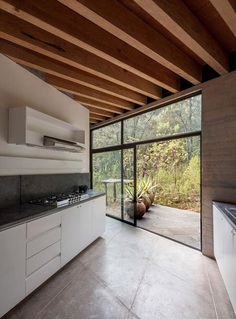 Cadaval & Solà-Morales Designs a Y-Shaped House in the Deep Forests of Mexico 11