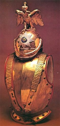 Mollo_Russian_Officers_Cuirass_and_Helmet.jpg (355×746) #awesomeness