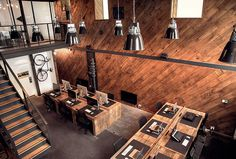 CJWHO ™ (Great wood office by Ubiquitous / UK After...)
