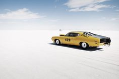 voilà bonneville - a photo essay by Julien Roubinet & Pauline Bellocq #photo #yellow #landscape #photography #cars #blue #typography