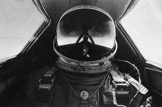 #pilot #helmet #reflective #astronaut