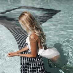 Vibrant Fashion and Glamour Photography by Denis Bliznuk