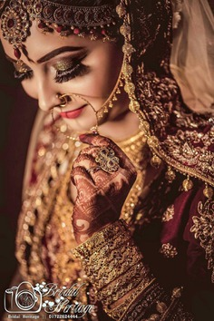 Here Are Some Dazzling Indian Bridal Photoshoot Poses for Every Bride's Wedding Album!