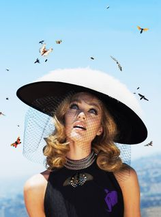 Fashion photography(Candice by Alex Prager, VOGUE US OCTOBER 2012, via thecysight)