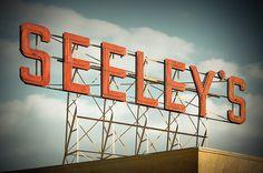Flickr find. #sign #typography
