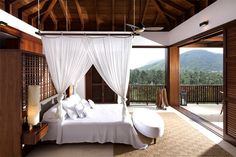Vacation Villa Completely Open to the Mexican Pacific Bay bedroom textiles bring freshness romance