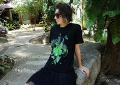 T-shirt Green Island. KFKS #tshirt #green #design #3d #plants #tropical #wear #black #girl