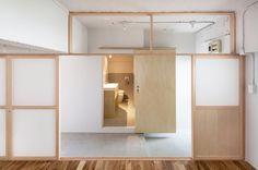 House in Roka-koen by Camp Design inc.