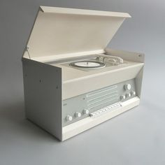 Braun electrical - Audio - Braun Atelier 3 #portable #design #player #record #1960s #industrial #braun #vintage #rams #dieter