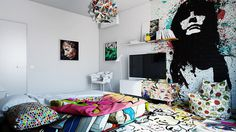 Half White, Half Graffiti: Designer Splits Hotel Room Into Two Worlds