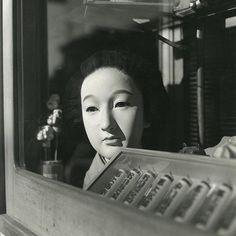 ©Issei Suda - Tokyokei - Fotografía | Photography #bizarre #white #black #photography #mask #vintage #and #window #japan #beauty