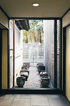 Japanese Interior Inspiration #window #vases #outside #inside