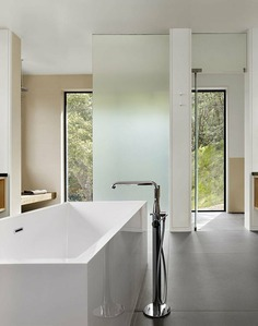 bathroom, Teaberry project, Cary Bernstein Architect