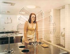 06.JPG (JPEG Image, 720x564 pixels) #photography #sink #woman #bathroom