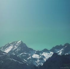 500px / Photo #photo #canon #espaa #landscape #photography #mountains #blue #light