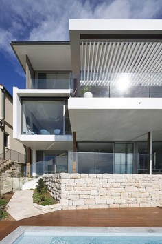 Large Family Home that Provide a Private Sanctuary with Breathtaking Views 1