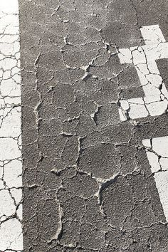 Yoshinori Mizutani | PICDIT #photo #photography #grey
