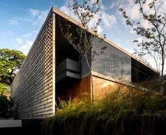 Luxury Concrete House in Sao Paulo by Studio MK27 luxury concrete house brazil
