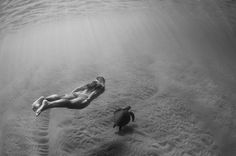 Trent Mitchell Photography #ocean #white #nude #mitchell #black #trent #photography #and #turtle