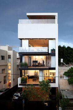Tel Aviv Town House 1 by Pitsou Kedem
