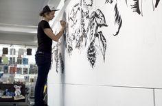 Live drawing by Nastya KFKS, Brooklyn, DUMBO. Zakka corp. NYC #art #exhibition # nastyakfks #kfks #black #animals #awesome