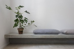 Concrete bench. Gold & Gray Apartment by Richard Lindvall. © Mikael Lundblad. #concrete