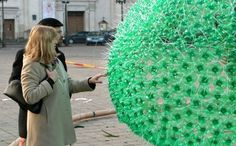 A Frugal Town in Lithuania Erects a Christmas Tree Made from 40,000 Recycled Plastic Bottles #plastic #mas #bottle
