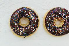 Recipe: Baked Doughnuts With Chocolate Glaze