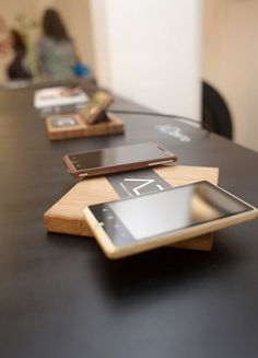 Bamboo Android Phone by ADzero #industrial design