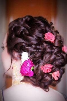 Curly Fascinating Bun - juda hairstyle