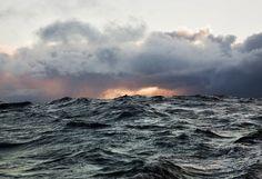 Corey_Arnold_Slack_Water_2011_1991_412_905.jpg (900×618) #ocean