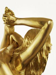 Siren for Marc Quinn, by Thomas Brown #sculpture #girl #thomas #brown #gold #siren
