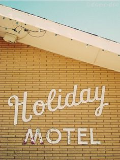 type novel #type #holiday #motel