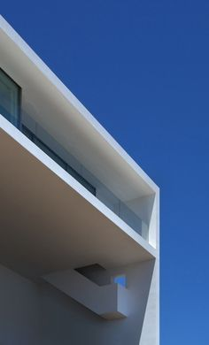 Clean #architecture #shape #photography #white #blue #sky