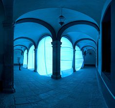 Giant Inflatable Balloons Transform Interior Spaces into Otherwordly Environments