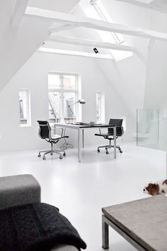 NORM.ARCHITECTS – Copenhagen Townhouse II #white #office #black #home #minimal #and