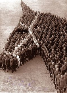 1915-650-Officers-and-Enlisted-Men-of-the-Auxiliary-Remount-Depot-No-326-Camp-Cody-Deming-NM..jpg (553×764) #horse #art #people