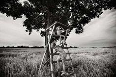 BW Children Photography by Izabela Urbaniak