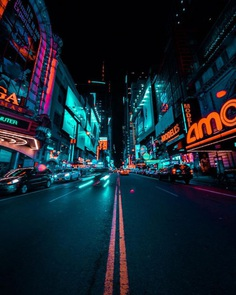 Urban Night Photography in New York City by Charles Ivan Ong
