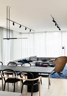 The Modern Glen Iris House Celebrates Unique Furnishings and Artwork - Design Milk