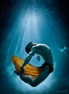Underwater Photography by Joseph Seif | Professional Photography Blog #inspiration #photography #underwater