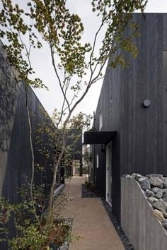 Dezeen » Blog Archive » Tsumuji+Hako by UID Architects #architecture
